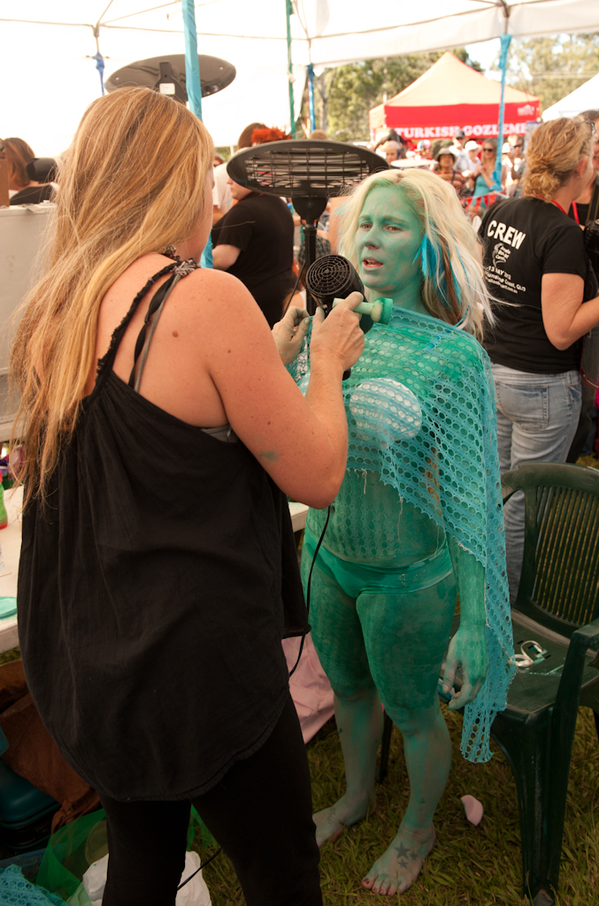 special effects essay Photo essay: special effects at the body art carnivale posted on june 14, 2012 by kristin you may have seen already that i was an official photographer at the.