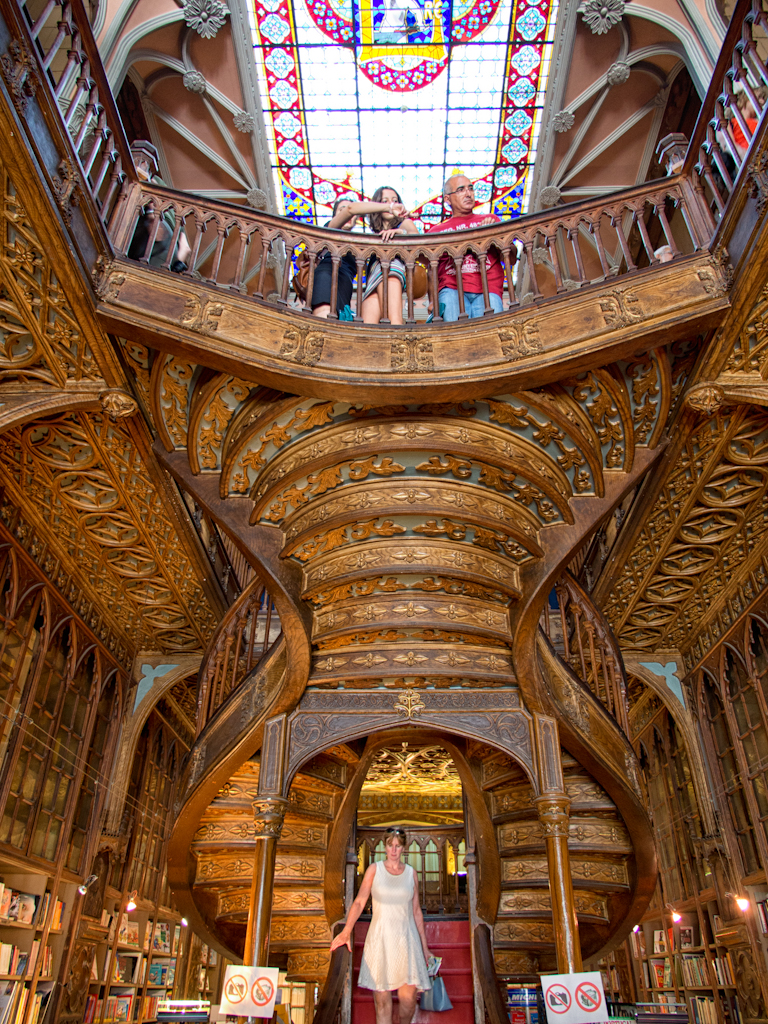 Recapturing the Romance of Reading at Livraria Lello | A Pair of Boots ...