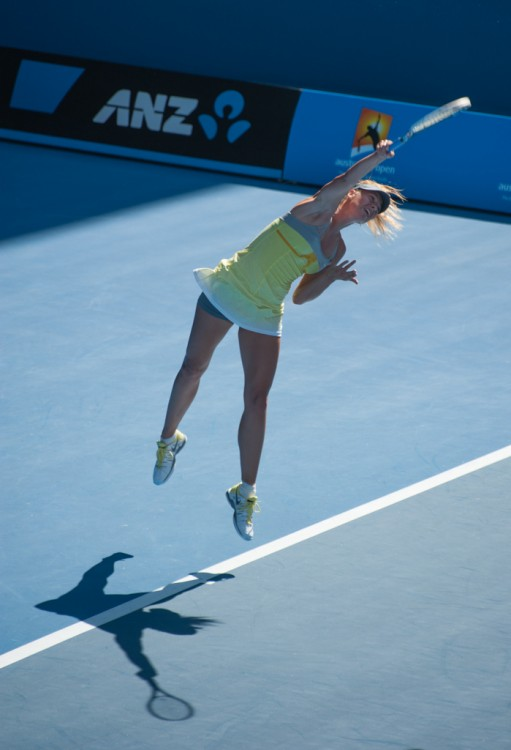 Maria Sharapova Serving