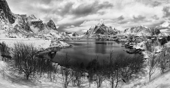 Reine in Black & White