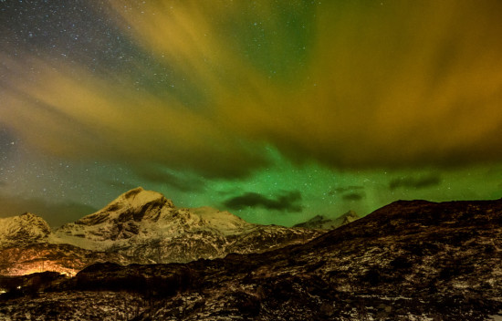 Northern Lights in Hiding