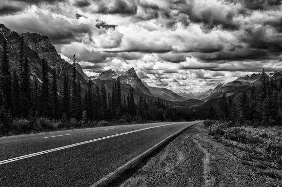 Cruising the Icefields Parkway
