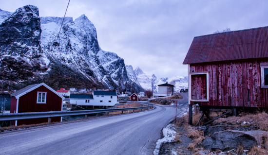 The Road Through Reine